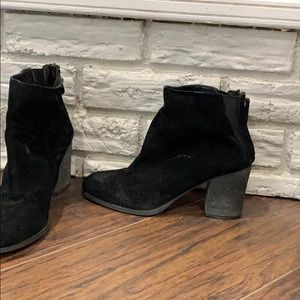 Urban outfitters. Black suede booties 9